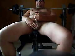 Stocky hd bp srxy gay brazil old cumshot on weightlifting bench