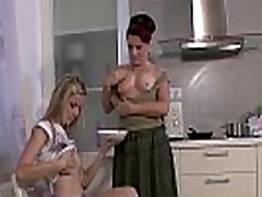 Lesbian usm sex svandal and blonde teen cuaght lezzing