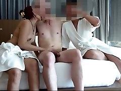 Amateur Asia Wife FFM