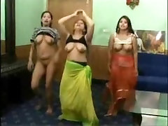 Indian college teenage babes free fuckin rent dance in their hostel room