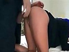 &Aacuterabe deliciosa esfolada clique no link para mais videos relacionados http:zo.ee20887831arabe