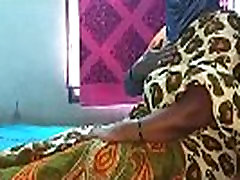 indian cheating house wife saree removing and boobs show in web cam
