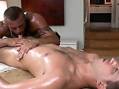 Sexy massage for homo dude