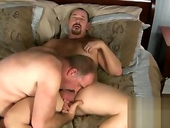 DRAGON18CM - VIDEO 004 - STRONG AND BEAUTIFUL BEARS! FUCKING DELICIOUS!