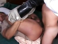 muscle mommy mistre get fucked