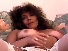 horny contract fuk big tit mon using dildo on webcam