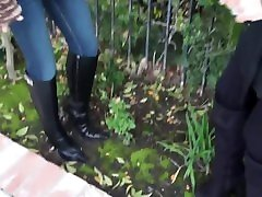 Miami mean girls-boot cleaning