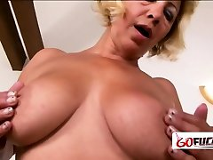 Chubby amateur tit facial gets her coochie drilled by sterling dough studs cock
