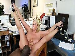 BBW hairy ass facked boss seduces her black employee