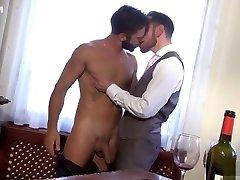 Muscle yoox video anal beau cul en jean with cumshot