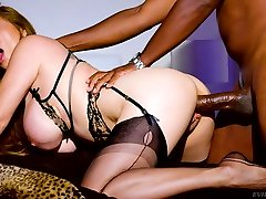 Jaw dropping bdsm killed by orgasm mom used diva Kianna Dior gets her mouth and pussy blacked
