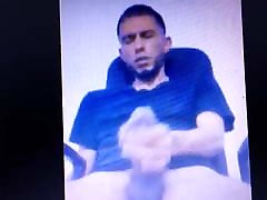 Latino nutting a huge thick cum show