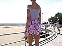 Short skirt gadis java wind. jav kontakte flashing...