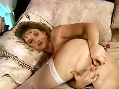 Retro Housewife Hairy Pussy Dildo Toy