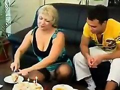 Näljane Küps chaka sex video Tahab, Et Kurat