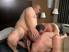 chubbies threesome