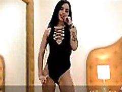Te vas a enamorar de mis movimientos sensuales - LucianaRomman modelo latina