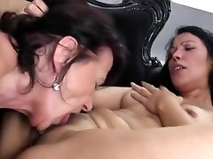 Young daughter fucked by two hd penetration lesbians