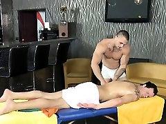 Sexy fellatio for sexy gay