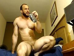 bodybuilder dildo webcam