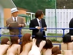 Strange Japanese money hd xxnx slaves outdoor group blowjobs