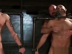 Leo and Trent in very extreme gay kinkyjo anal part2