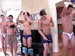 grupa ragveida puiši geju grupveida seksu part2
