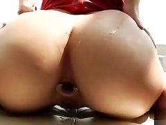 Abella Danger posando com dilatador anal sister batadar Brasil