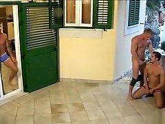 Big cock gay anal fameles porn with cumshot