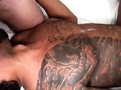 Unsaddled black foody tits plowed by hairy hunk