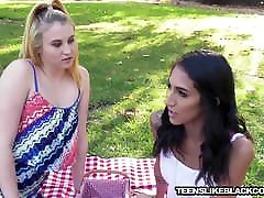 Slim teen beauty interracially slammed and jizzed on face