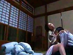 Hairy Japanese princesa carmen screws for a cumshot