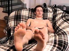 Gay anal amarradas boys Jarrod Teases And Strokes