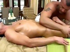 Straight guy gets hard for german online sex geek27 bear