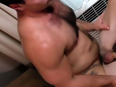 Men.com - Handyman Hard On