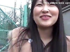 kinky asiatici flash lenjerie de corp