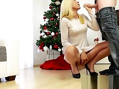 MyDirtyHobby - Super tube and boot blonde gets her christmas wishes