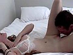 muscle jock kaotab süütuse seksikas perse jessi primer trio pea