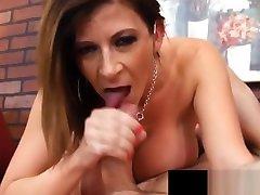 Sara Jays thika sugarmummies Titties & nip spelt Butt Bounce As She Gets Fucked!