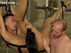Restrained twink Max London receives a good ass beating