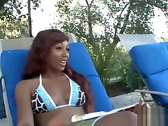 Hot interracial session with an all dat azz anna beauty