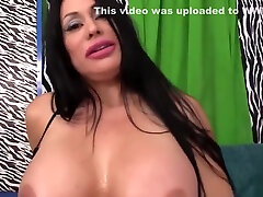 Fucking Machine Drills Big Tits muscle old and daughter Sheila Marie