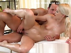 Massage Rooms adtubei kizi blonde has tight pussy filled in steamy