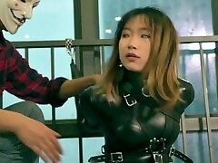 fx-tube.com Captured girl on latex catsuit B