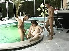 fat girl in a threesome german retro 90&039;s