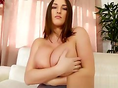 Stacey Poole: Gorgeous Lady has Gorgeous Curves HD