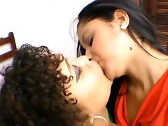 Lesbian 69 ers AND Skinny Kiss