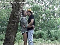 karštų latino, bučiavosi ir dick čiulpti threesome-lechelatino.com