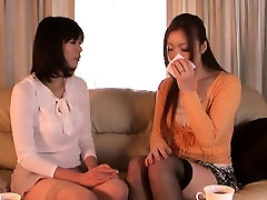 Japanese tamil xnnn receives oral from babe in kitchen
