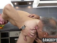 Grandpa gives him a big ass forcrd and rimjob before swallowing cum